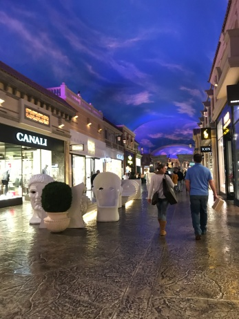 Strolling the Caesars Palace shops.